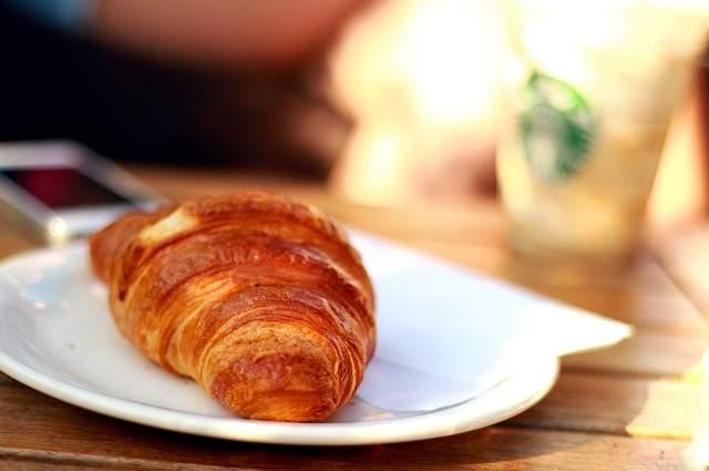 Cornetto sfogliato prima colazione